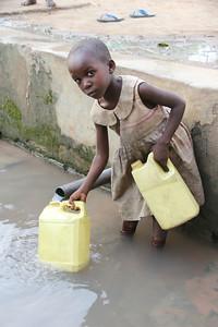 ,rdc,humanitaire,hygiene, paludisme endemique, eau,cholera, congo, kasai, katanga,transport eau,latrines, sanitaires, village, RDC,santé,
